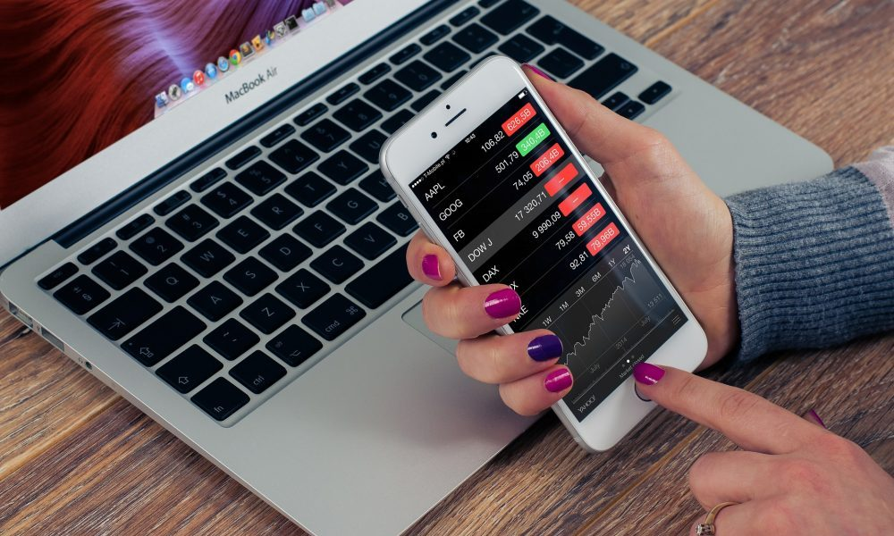 Top 5 Investments According to RobinHood App